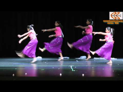 Wisma Onam 2012 - Kids Group Dance (hindi And Malayalam Medley) video