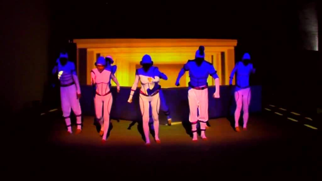 Projection Mapping on People Projection Mapping Dance Show