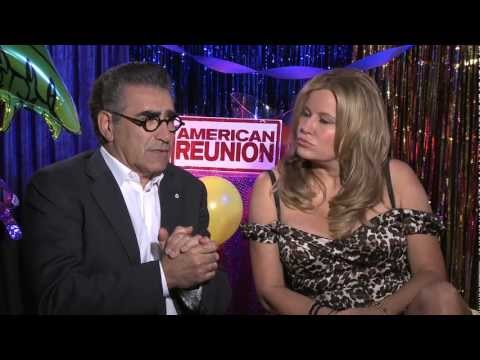 American Reunion interviews - Biggs, Hannigan, Levy, Coolidge, Stifler, Reid, Suvari (UNCENSORED)