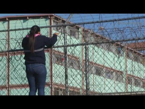 Riña en una cárcel estatal de Monterrey deja al menos 49 muertos