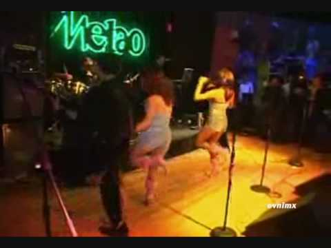 Grupo Los Giles - En El Club Melao Queens NY Video