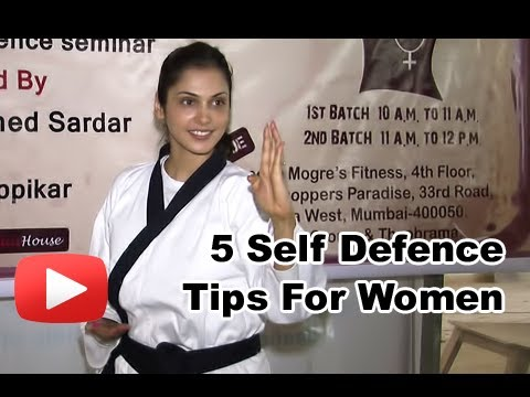 Isha Koppikar Gives Self Defence Tips To Women