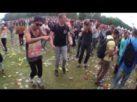Dansje Doen  Awakefest 2013 (benny Hill) Original video