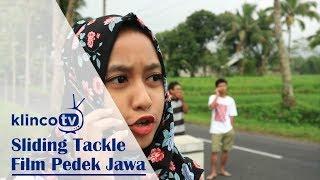 Sliding Tackle - Film Pendek Jawa