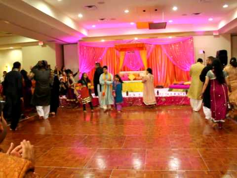 THE BEST WEDDING DANCE EVER! (1 OF 3) FARIHA & MALIKS WEDDING...