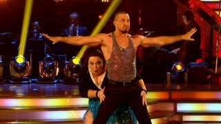 Lisa Riley & Robin Windsor Cha Cha to 'Think' - Strictly Come Dancing 2012 - Week 1 - BBC One