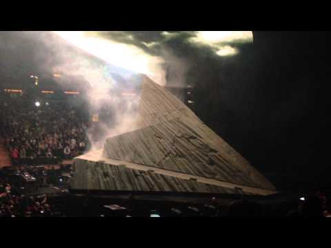 Kanye West - Yeezus Tour at Madison Square Garden - 11/23 - FULL SHOW - Part 1/4