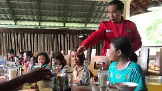 Jokowi-Iriana Traktir Anak-anak Pringsewu