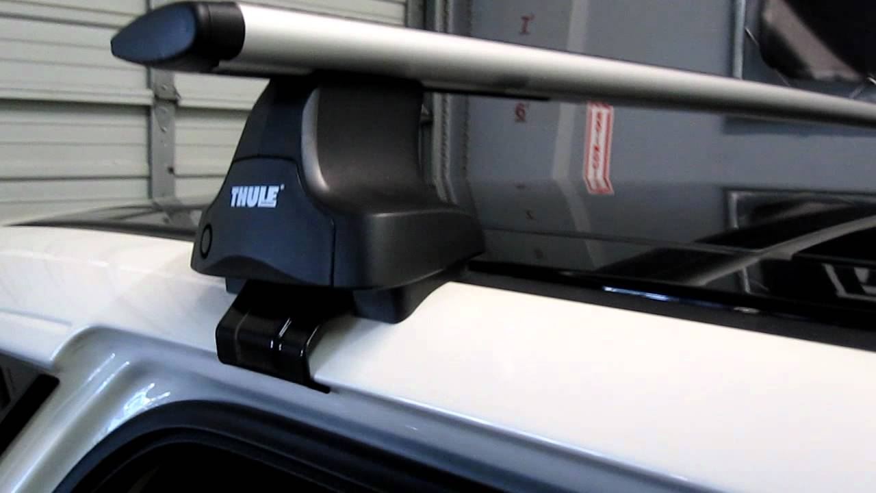 Ford Edge With Thule 480r Traverse Aeroblade Base Roof