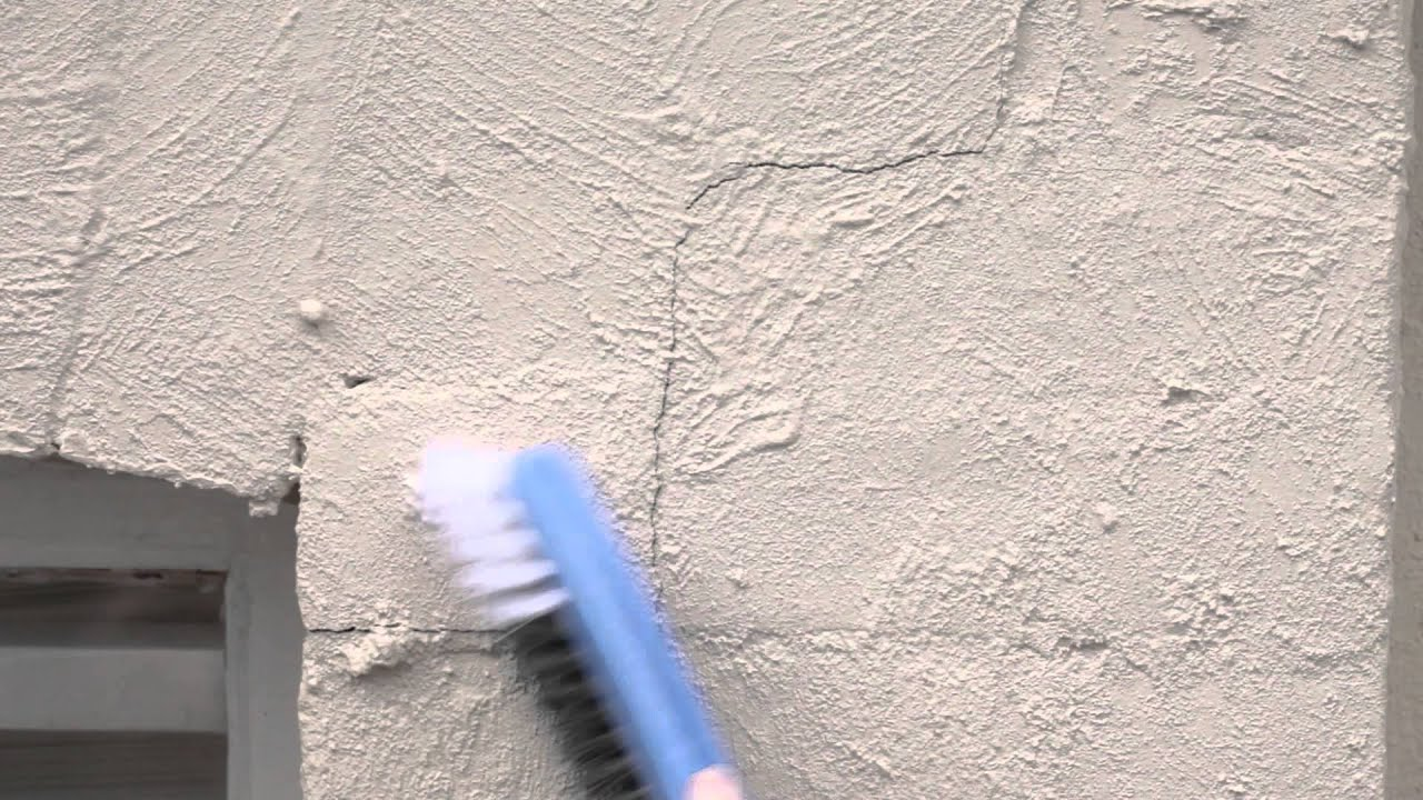 Filling cracks in masonry wall youtube How to fill a crack in the wall