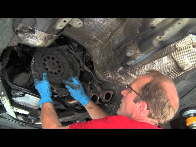 Replacing a BMW Self-adjusting Clutch & Dual ... - YouTube