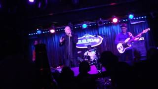 Watch Fabulous Thunderbirds Rock This Place video