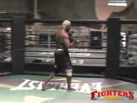 Kevin Randleman training for Strikeforce Video