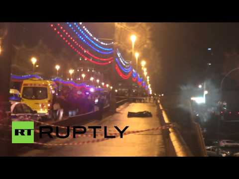 Russia: FIRST SHOTS of Boris Nemtsov shooting aftermath