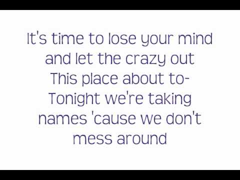 Ke$ha -Blow- Lyrics On Screen