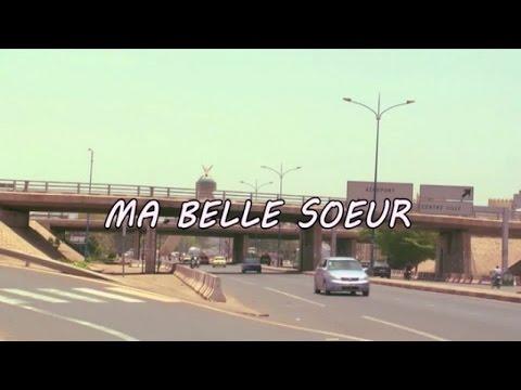 Rejoignez la communauté : http://bit.ly/PFvmXV Ma belle-soeur Réalisé par Boubacar Coulibaly Le film relate l'histoire d'une relation impossible entre Oumar et sa bonne...
