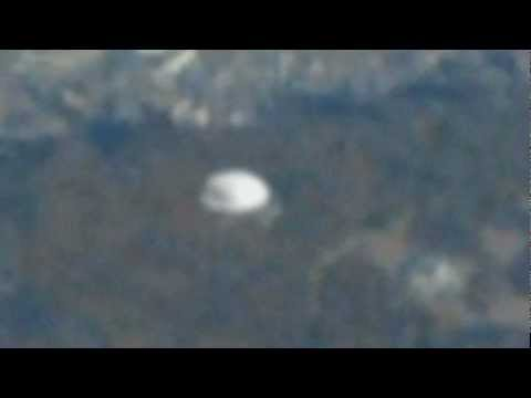 UFO Caught From Airplane - South Korea - March 30 2013