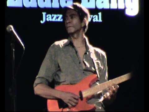 04 - Tell Me Something Good - Greg Howe Band 2010 - Eddie Lang Jazz - 06/08/2010