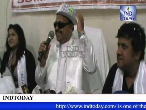 Gullu Dada 4 Team Felicitated By Mohammed Cap Mart video