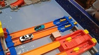 Đồ chơi trẻ em bé pin xe đua siêu tốc ❤ PinPin TV ❤ Baby toys car speed
