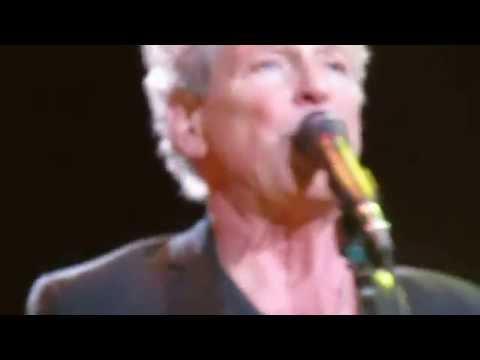 Fleetwood Mac - Second Hand News - Boston Garden, October 10, 2014