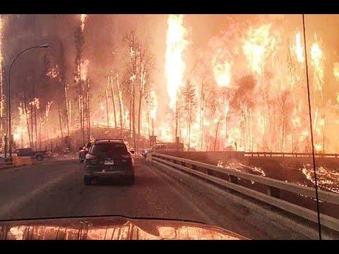 Massive #Wildfire Evacuates City of 60000 in #Alberta, #Canada