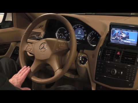 Mercedes benz c class presentation part 3 interior for Phillips mercedes benz virginia beach