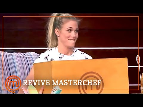 Patricia Montero, ¡se la juega a Corbacho!| MasterChef Celebrity 2 | REVIVE MASTERCHEF