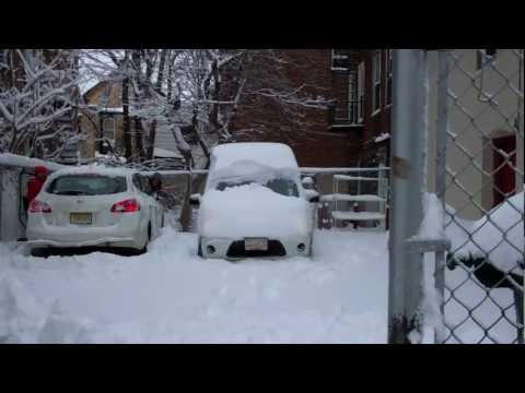 2013 Northeast Blizzard - Winter Storm Nemo ~VS~ Ford Transit Connect