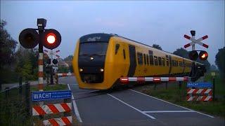 Spoorwegovergang Laag Zuthem // Dutch railroad crossing