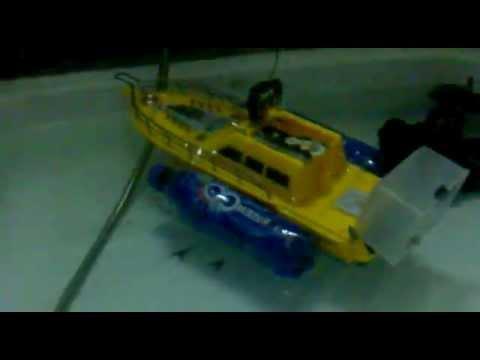 кораблик для завоза прикормки торнадо 3