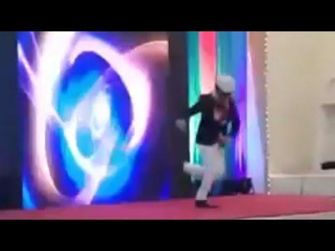 Main aaya hu leke saaz hathon me karaoke live singing singer debashish ghosh