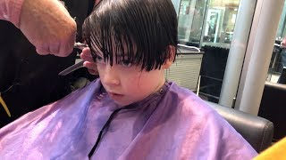 Rowan and Ivan get haircuts