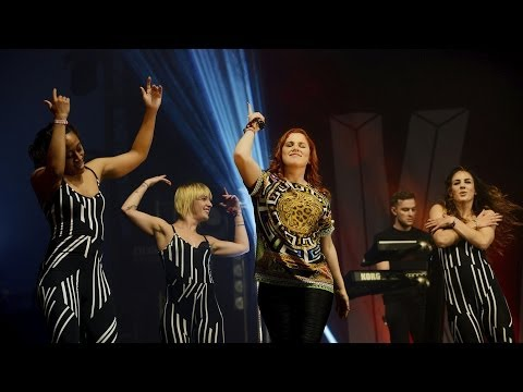 Katy B - Crying For No Reason (bbc Radio 1's Big Weekend 2014) video