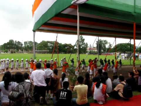 Children dance kandho se milte hai kandhe at IIT Guwahati on...