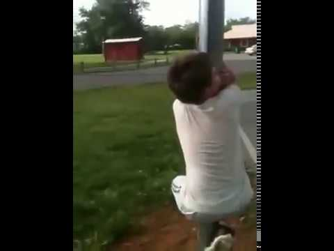 Kid humps pole