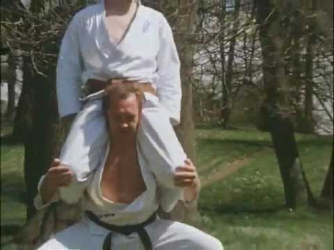 Karate Kyokushin the strongest Karate!! (PARTE 1)