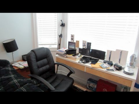 ULTIMATE TECH ROOM TOUR 2013- Apple Wonderland Room By AppleCritics