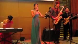 Sparkle Live Music - Tay Kexin sings Ni bu zhi dao de shi 你不知道的事