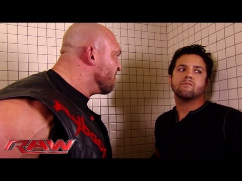 Ryback humiliates a local competitor in the locker room: Raw, August 19, 2013