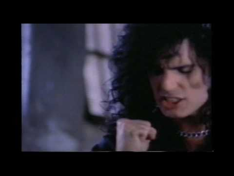 Cher - Does Anybody Really Fall in Love Anymore