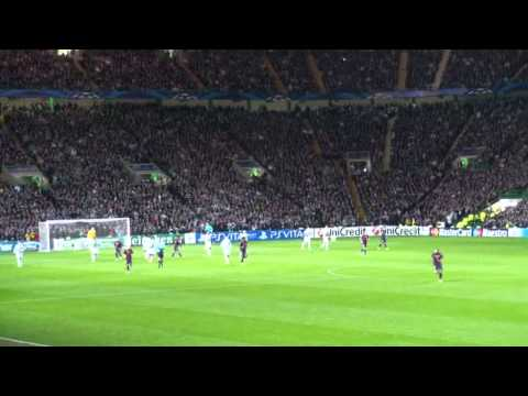 Atmosphere at Celtic Park filmed by Barca fan