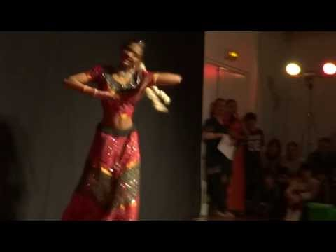 Aaja Nachle Nachle Mere Yaar - Dancer ♥ Darshini Ranganathan...