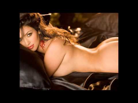 Kim Kardashian Hot And Sexy! video