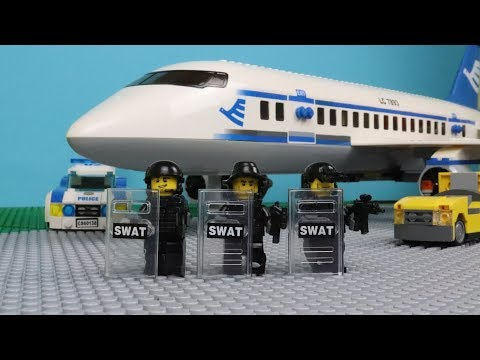 Lego SWAT - The Plane Robbery