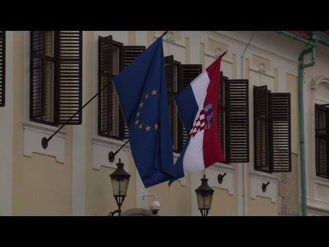 Croatia gears up for EU entry amid economic worries