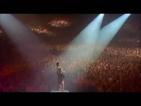 Mylene Farmer - Comme J'ai Mal (live)