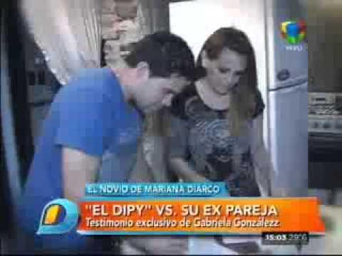 La expareja de El Dipy lo denuncia por abandono de su hijo