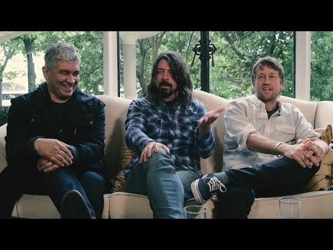 Foo Fighters' Dave Grohl Reveals The Hilarious Story Behind His Teenage Letter To Fugazi Hero Ian