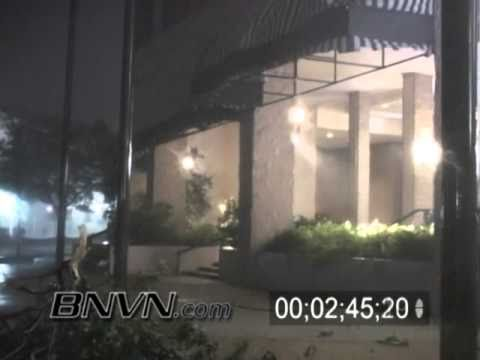 Hurricane Ivan Video, 9/15/2004 Part 2 - Mobile Alabama